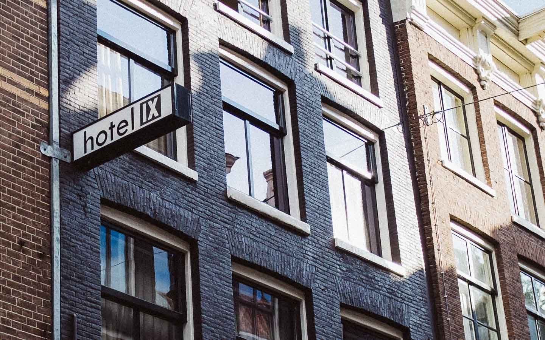 amsterdam hotel ix woanders sch n. Black Bedroom Furniture Sets. Home Design Ideas